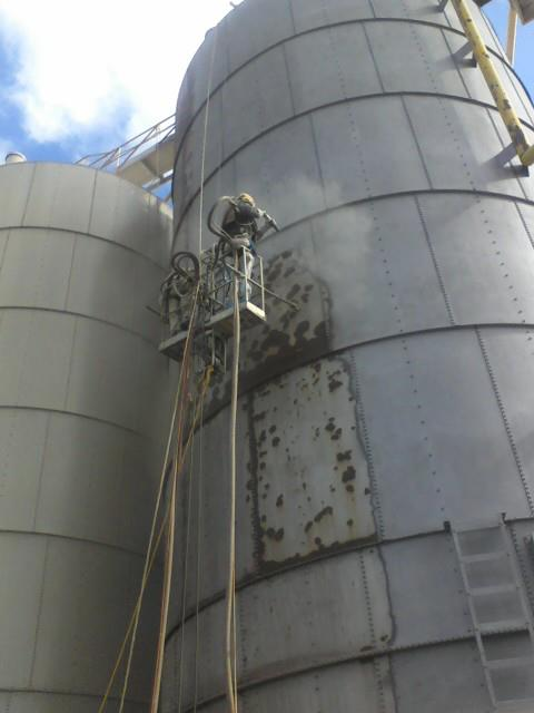 Storage tank Sand Blasting and Painting